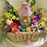 In addition to the MPR, residents decorated the hallways of their apartments to add to the hiding places for the eggs. This is a beautiful arrangement... and great for hiding eggs too! :)